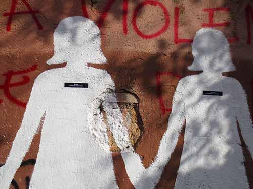 murale contro il femmincidio