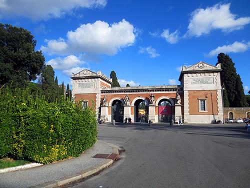 Verano Monumental Cemetery